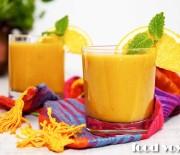 Апельсиново — морковный смузи